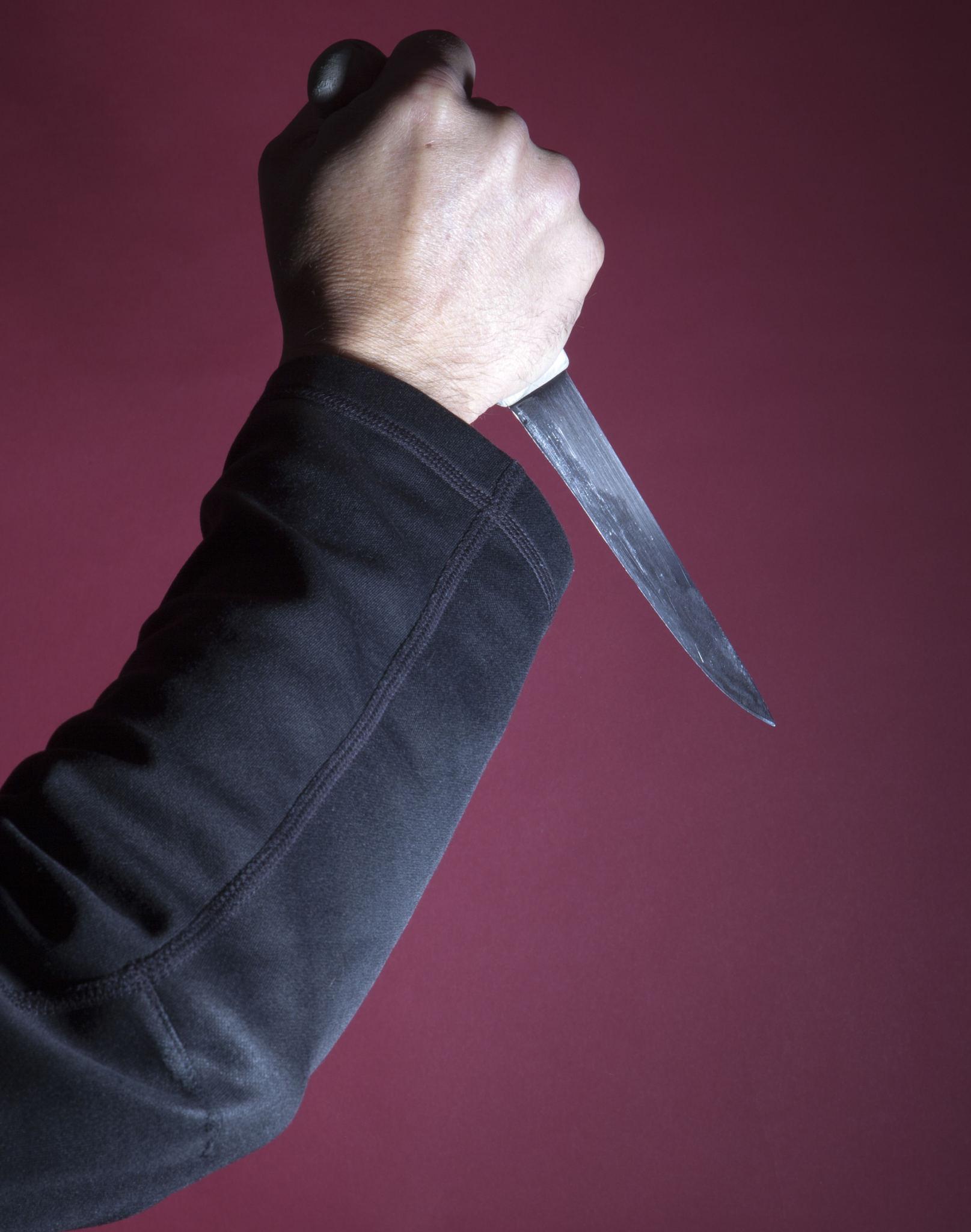 Vorwurf: Stich mit dem Messer in den Nacken