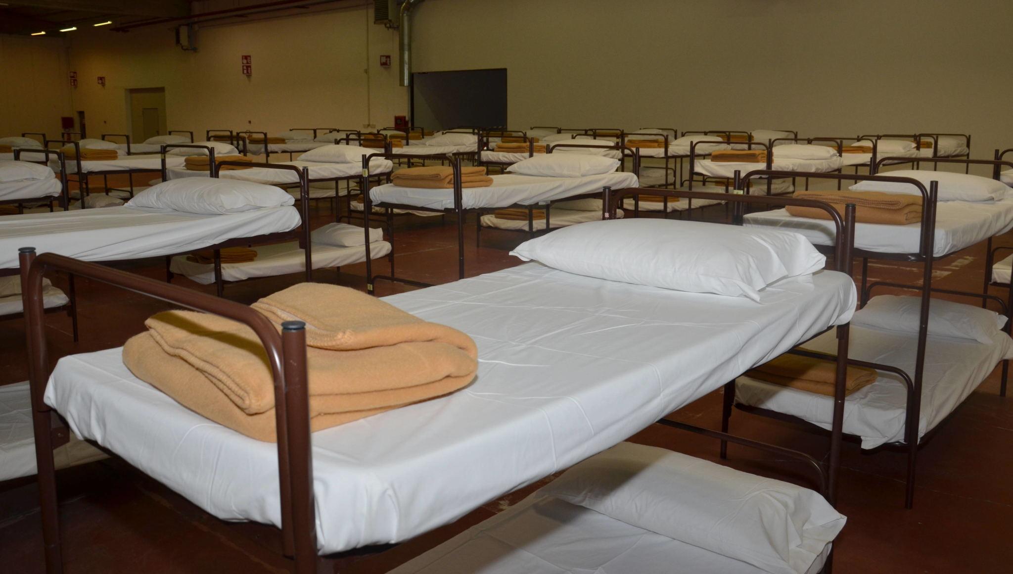 M5S kritisiert Flüchtlingsunterkunft in Bozen Süd