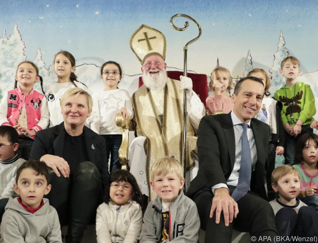 Kanzler feierte Nikolo mit Wiener Kindergartenkindern