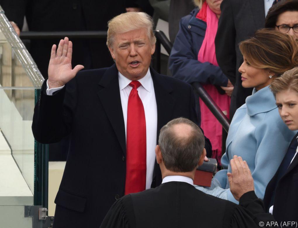 Donald Trump als 45. US-Präsident vereidigt