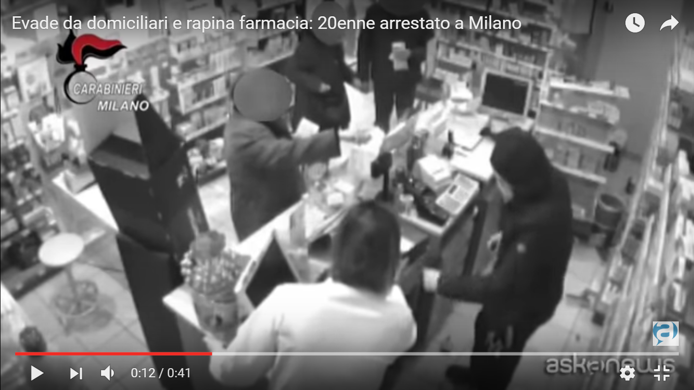 YouTube/askanews-Evade da domiciliari e rapina farmacia: 20enne arrestato a Milano