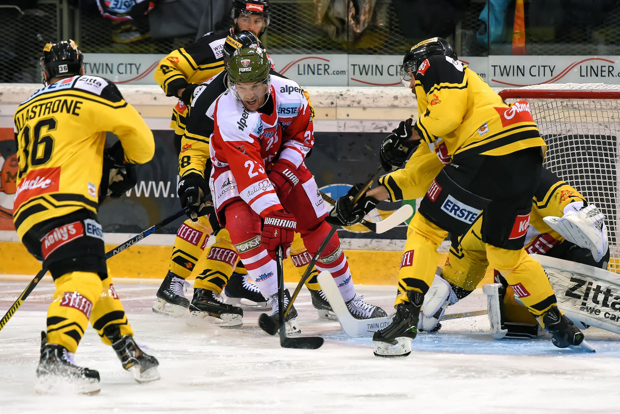 Andreas Urban - Sportreport.biz-UPC Vienna Capitals vs HCB Südtirol Alperia