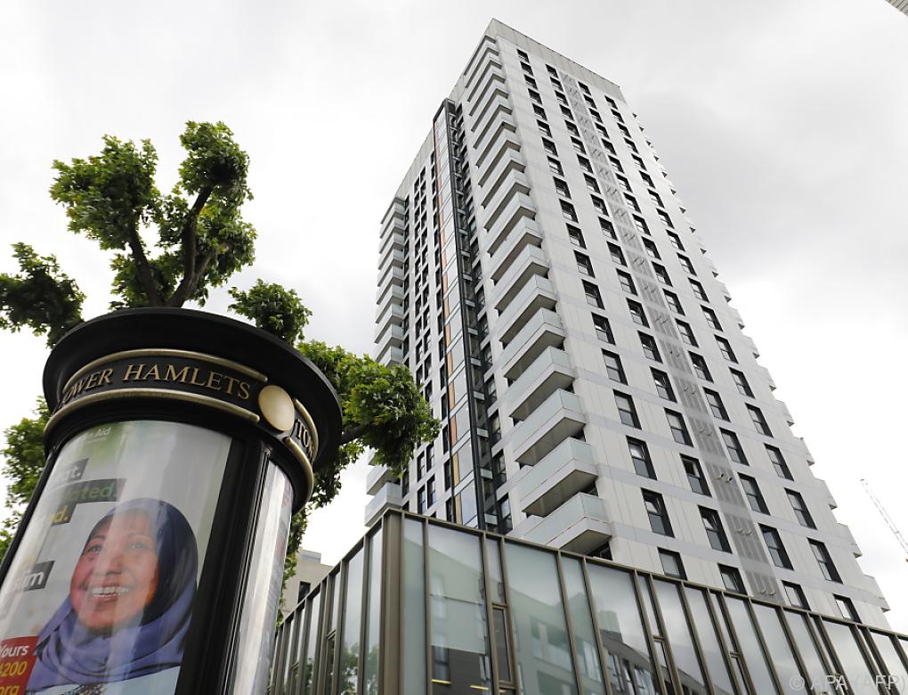 Mehr brandgefährdete Hochhäuser in Großbritannien entdeckt