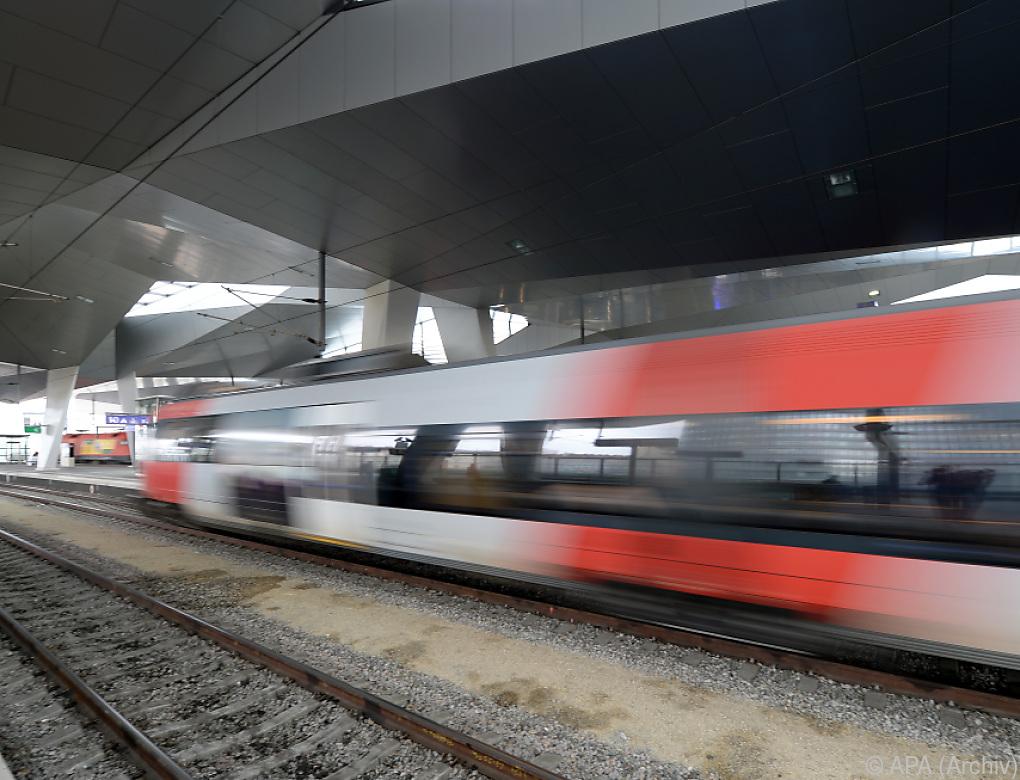 Neue Bahnverbindung Wien-Venedig eingeweiht