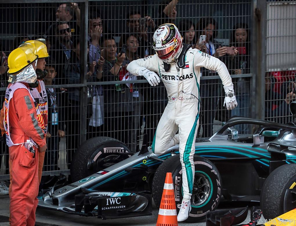 """Mercedes in China nur """"dritte Kraft"""" – Kritik an Verstappen"""