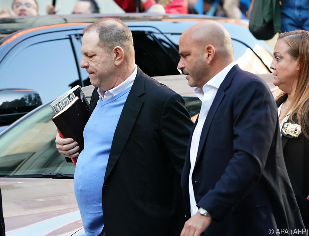 Harvey Weinstein stellte sich den Behörden in New York