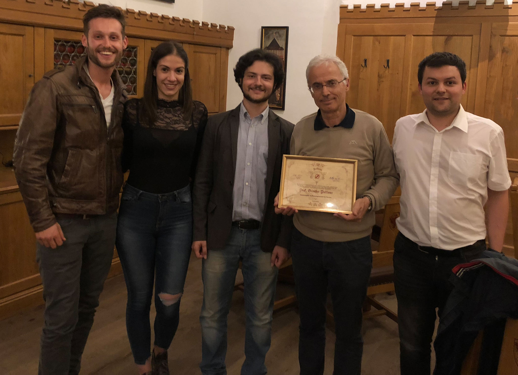 Pallaver wird Ehrenmitglied der SH Innsbruck