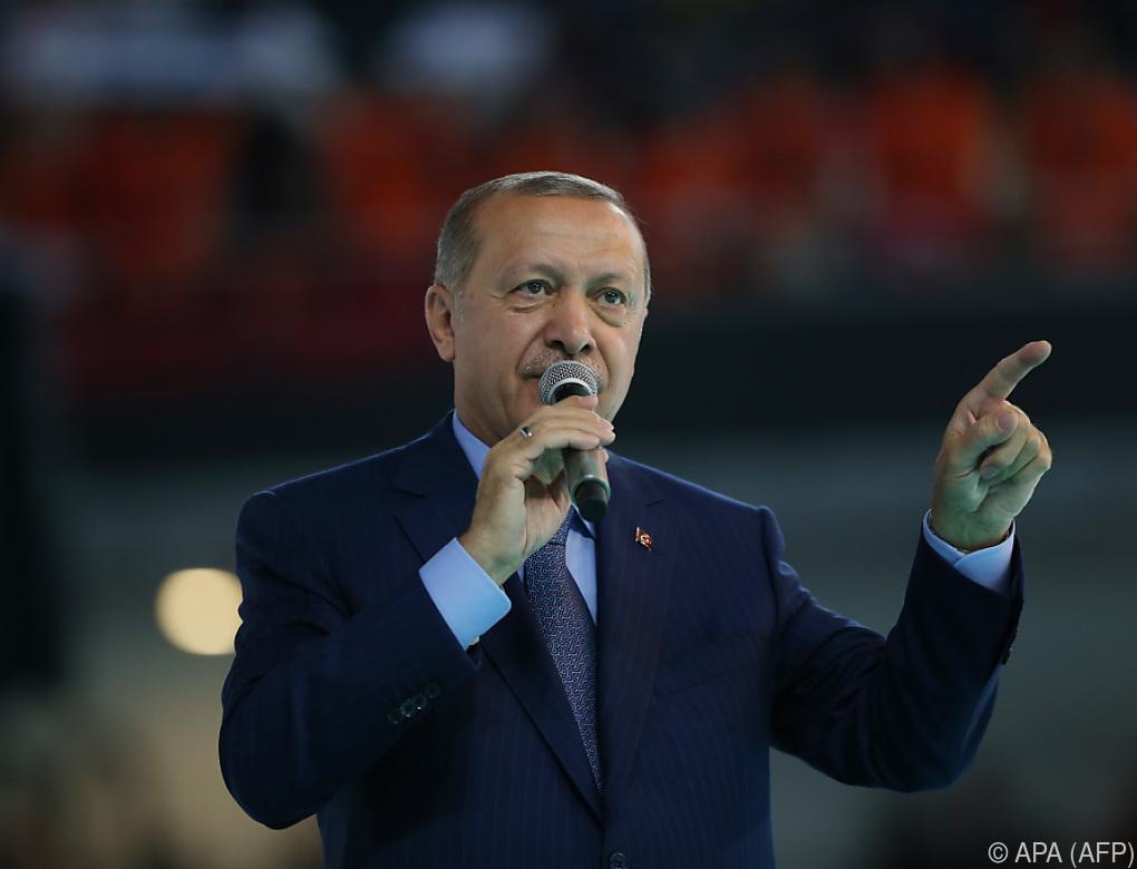 Türkei-Krise: Erdogan ruft Landsleute zum Kauf von Lira auf