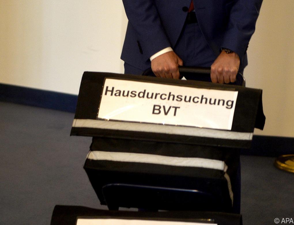 BVT: Wahllos Datenträger des Extremismusbüros konfisziert