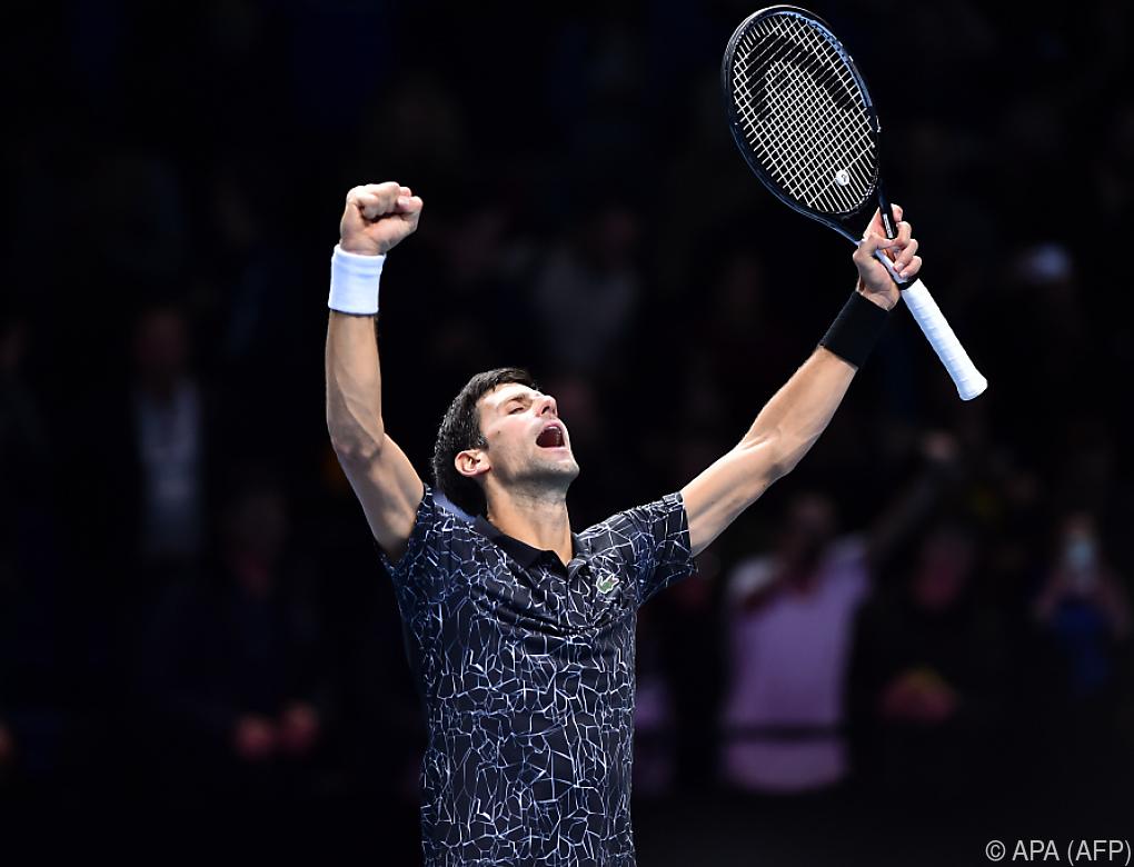 Djokovic startete mit sicherem Sieg über Isner in ATP Finals