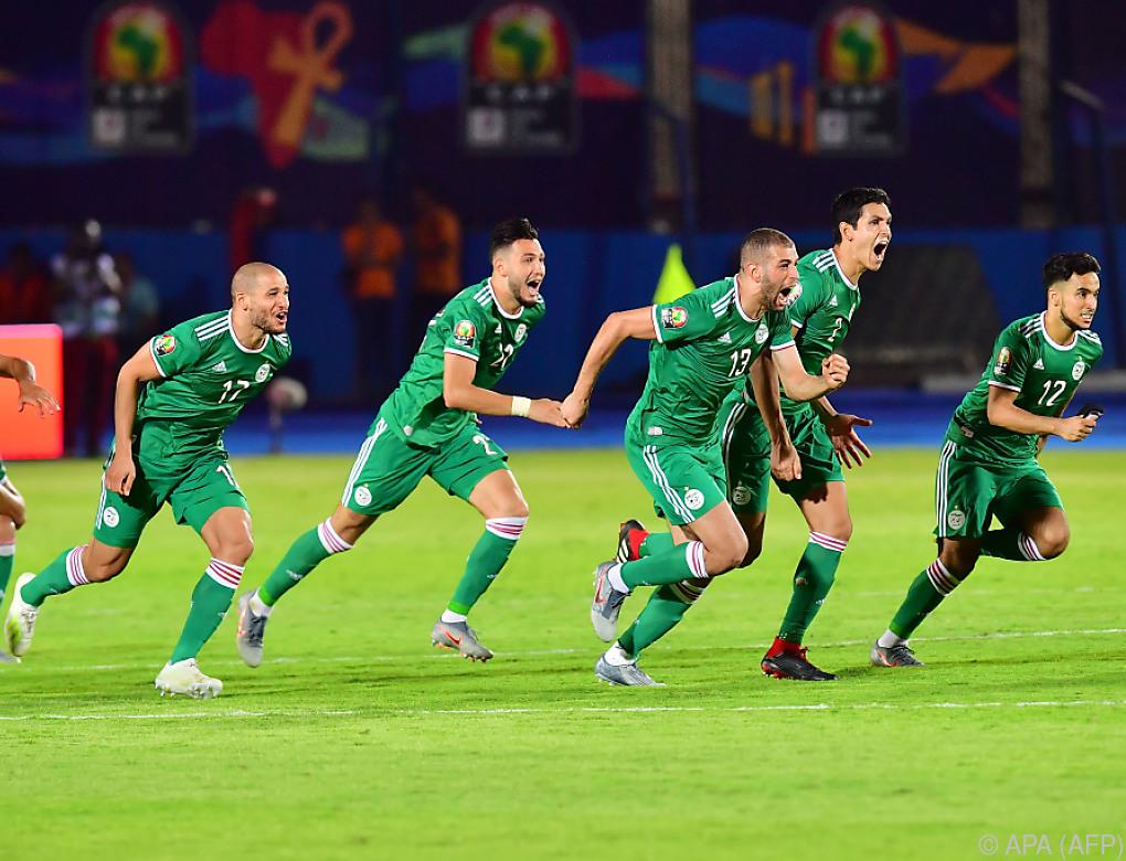 Algerien nach Elferkrimi im Halbfinale des Afrika-Cups