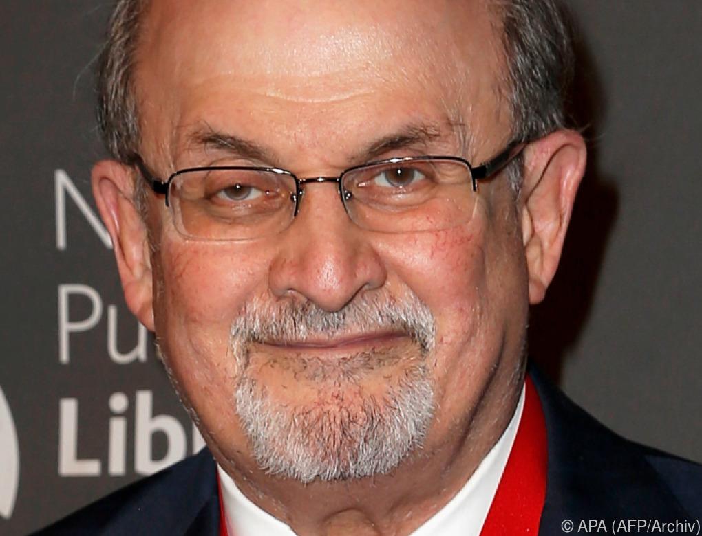 """Salman Rushdie hält Greta Thunberg für eine """"Heldin"""""""