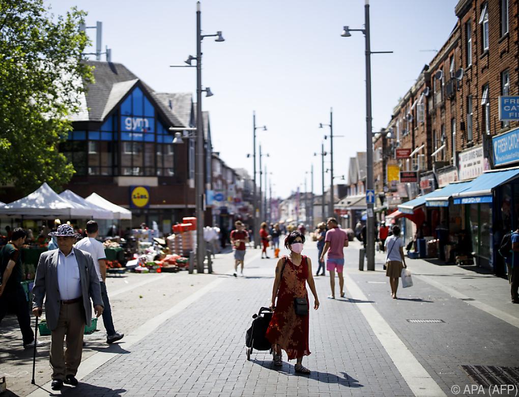 London hebt weitere Kontaktbeschränkungen auf