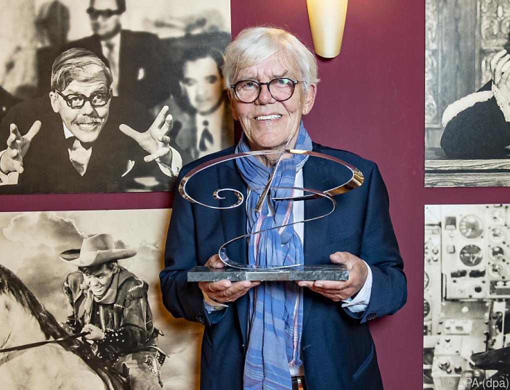 Götz George Preis an Schauspieler Peter Striebeck verliehen