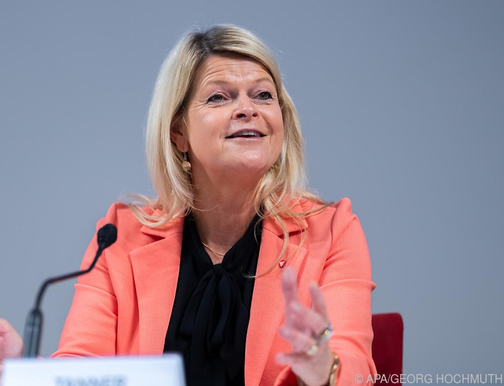 EU-Minister beraten über Russland und Militärkooperation