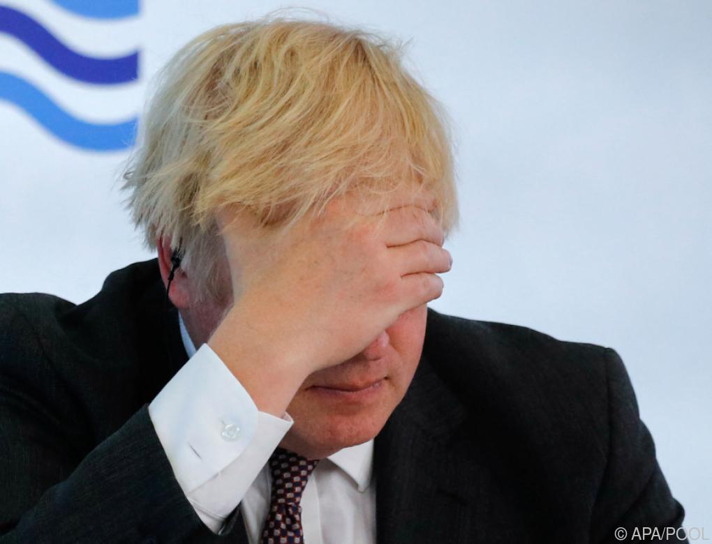 Britische Regierung verlängert Corona-Maßnahmen